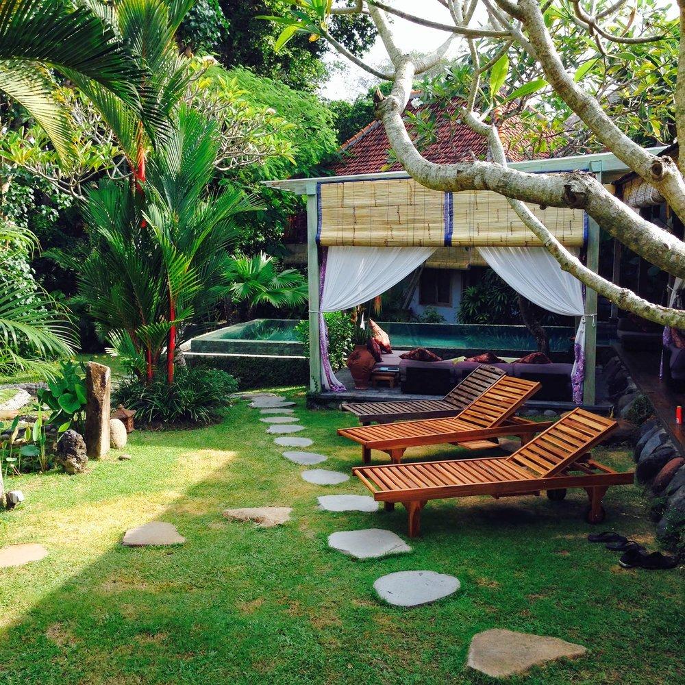 bali - YOGA + SURF + HEALING