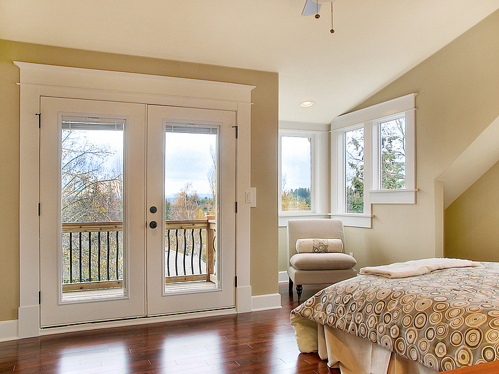 08-720Master Bedroom.jpg