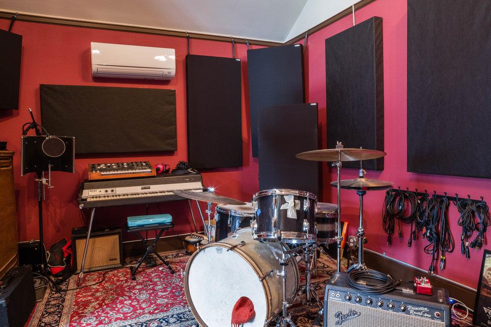 Clay Studio 05.jpg