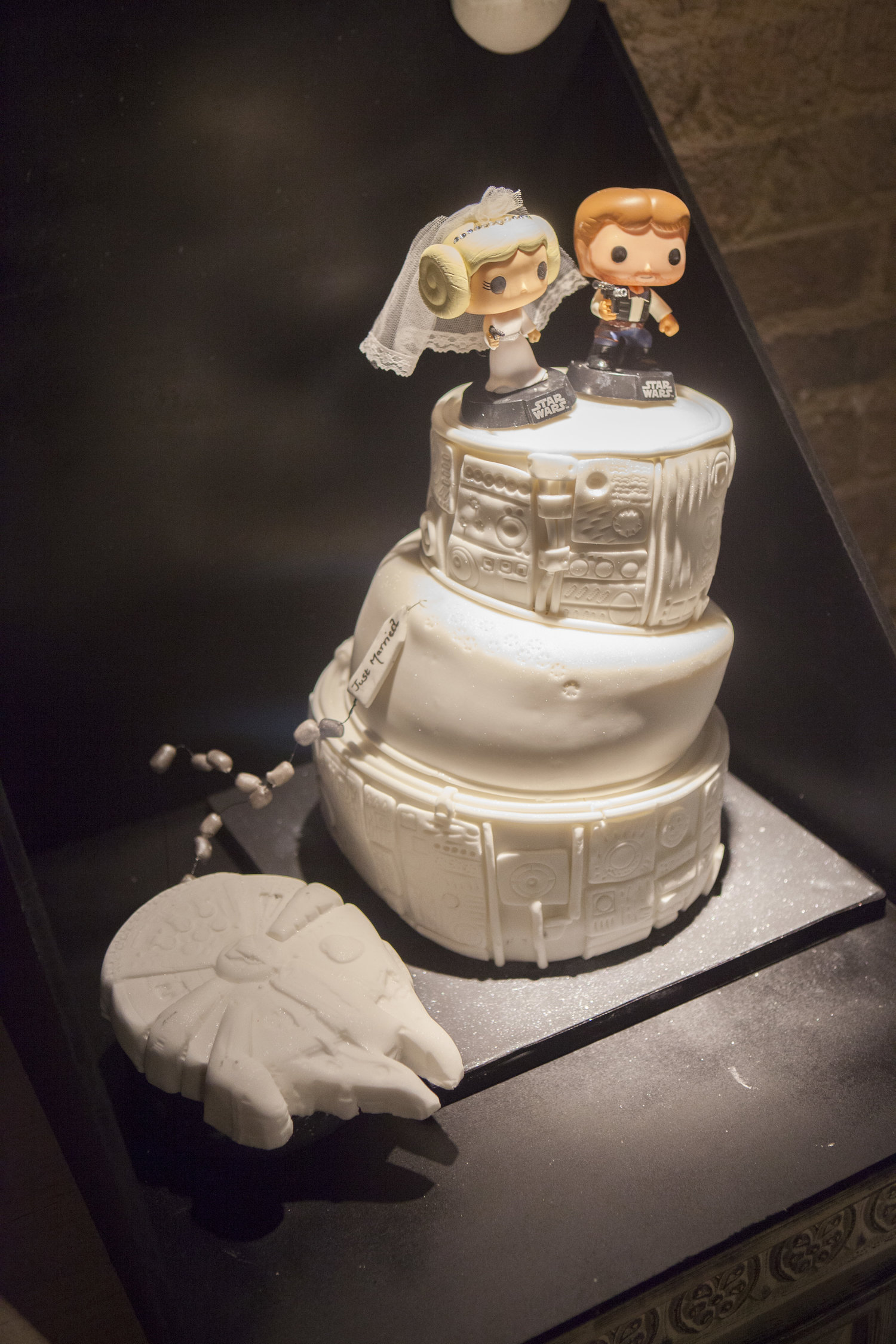 Star Wars Wedding Cake.A Star Wars Wedding Cake May The Force Be With You Professional