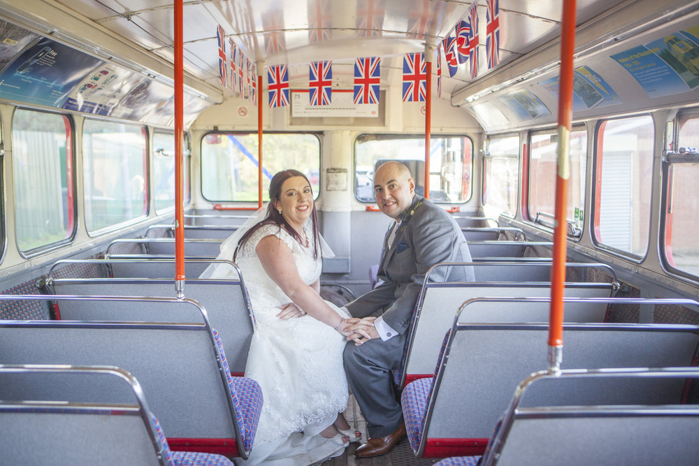 red london bus wedding photographer
