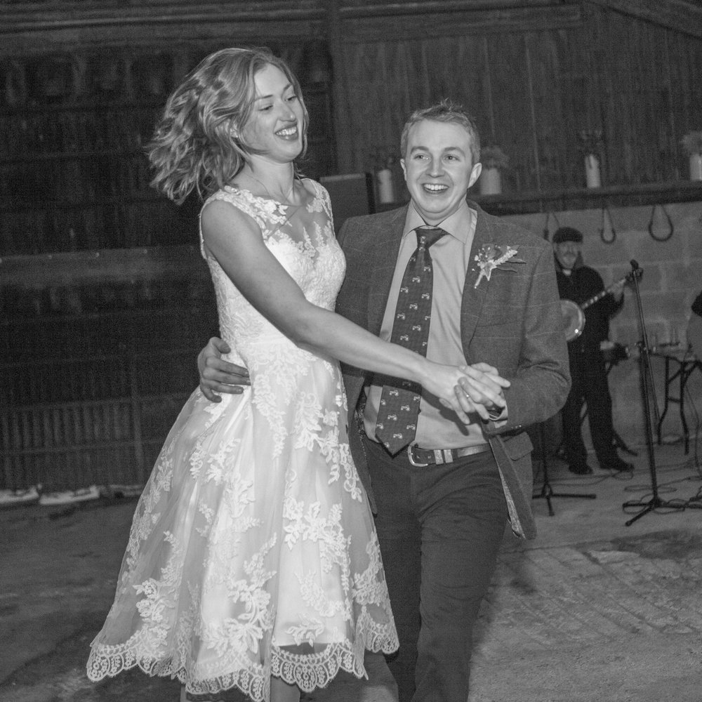 first dance Barn Wedding Hertfordshire