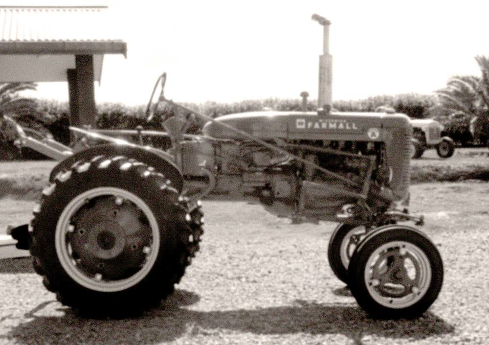 tgg-old-tractor.jpg