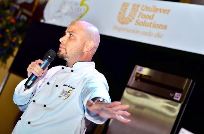 Expositor:Chef Carlos Rodríguez.
