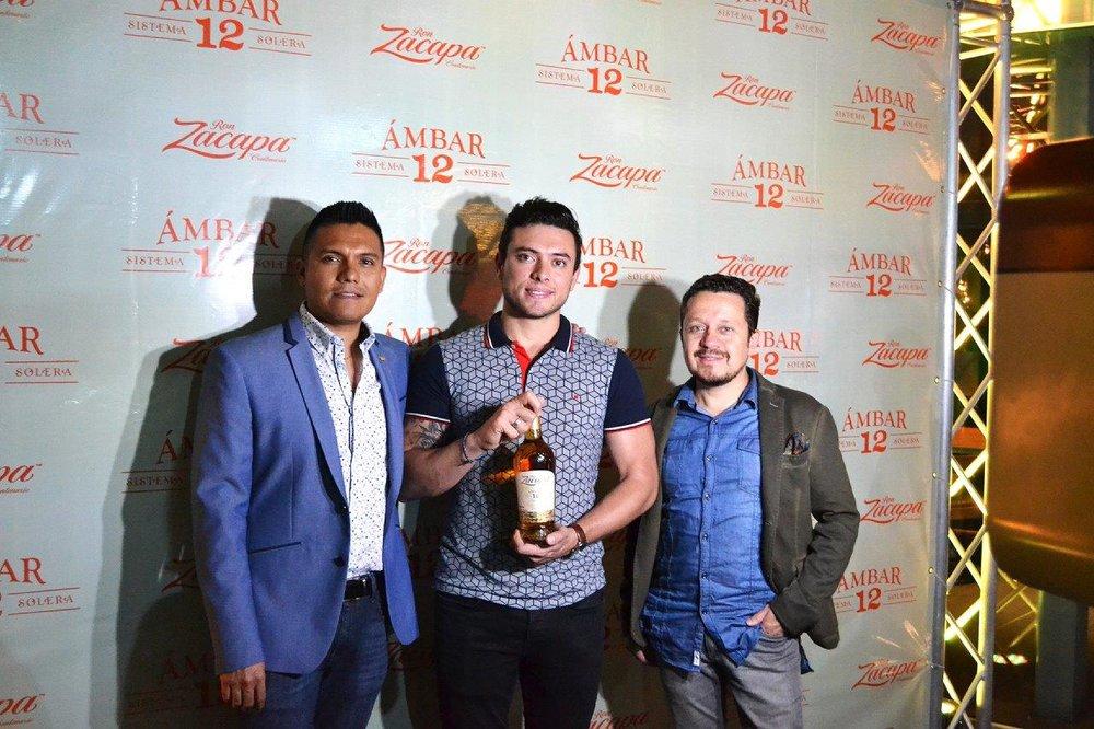 Luis Felipe Alonso Country Manager Zacapa, Rene Printemps Gerente Zacapa CentroAmérica y Carlos Corrales Gerente de mercadeo Grupo Pampa.jpg