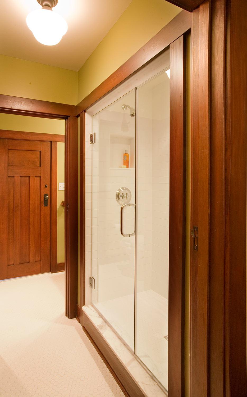 Morris-Shower-12l.jpg