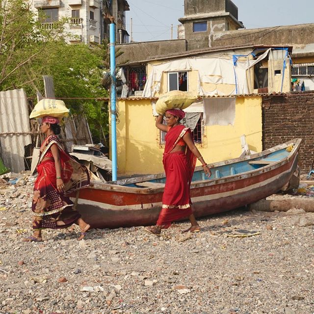 Women from the fishing village on the outskirts of Bandra. #fishing #village #bandra #india #urbexphotography #street #streetphotography #boat #beach #therealindia #bandra