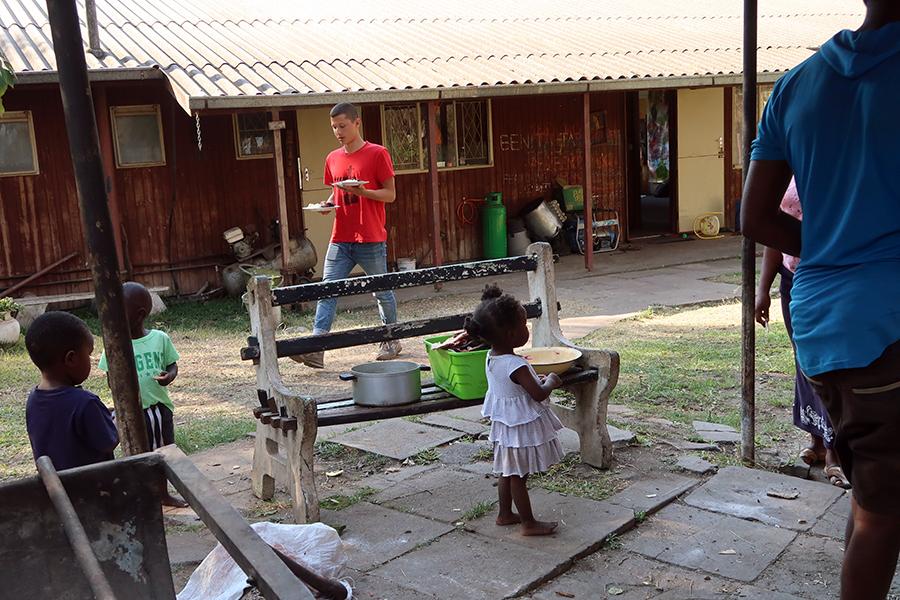 CG_OneRecipePerCountry(Zimbabwe)_22_4x6%22_150dpi.jpg