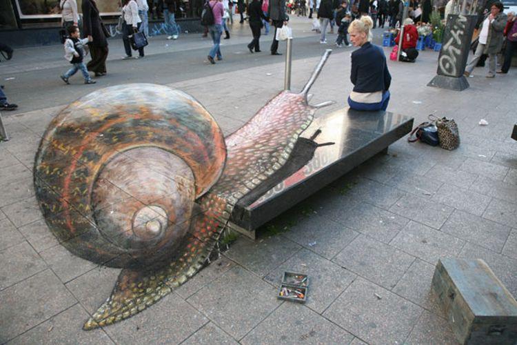 Snail/ Photo Credit:Julian Beever