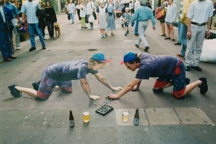 Self-Portrait Of The Artist With Liquid Refreshment / Photo Credit: Julian Beever