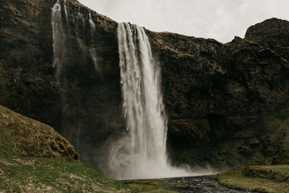 iceland elopement photographer-25.jpg