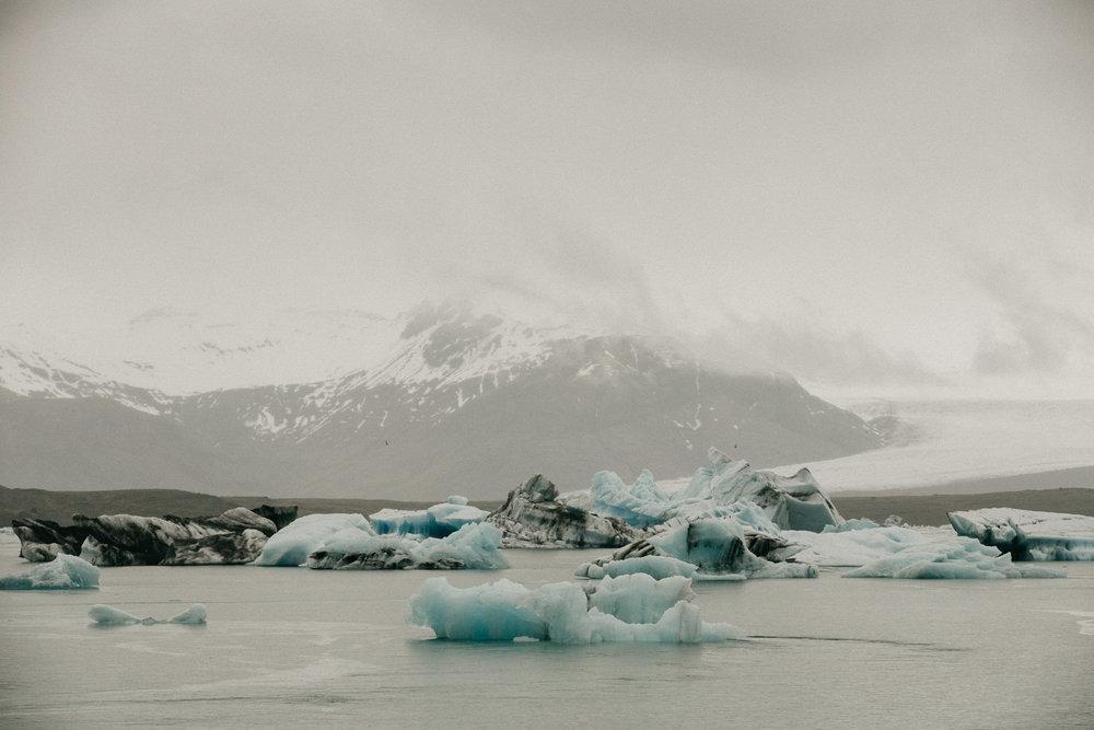 iceland elopement photographer-108.jpg