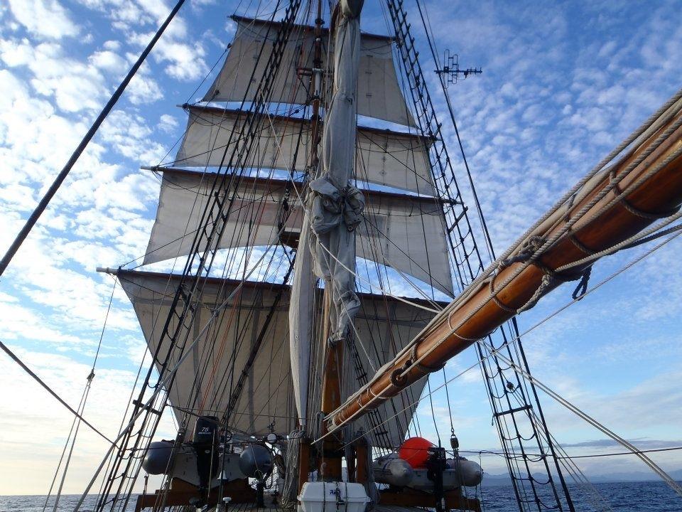Full sail.jpg