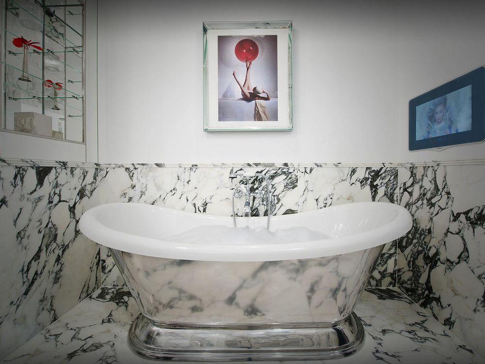The Wellesley - Penthouse - bathroom