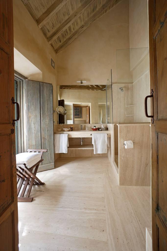 Corral del Rey - Seville Bathroom