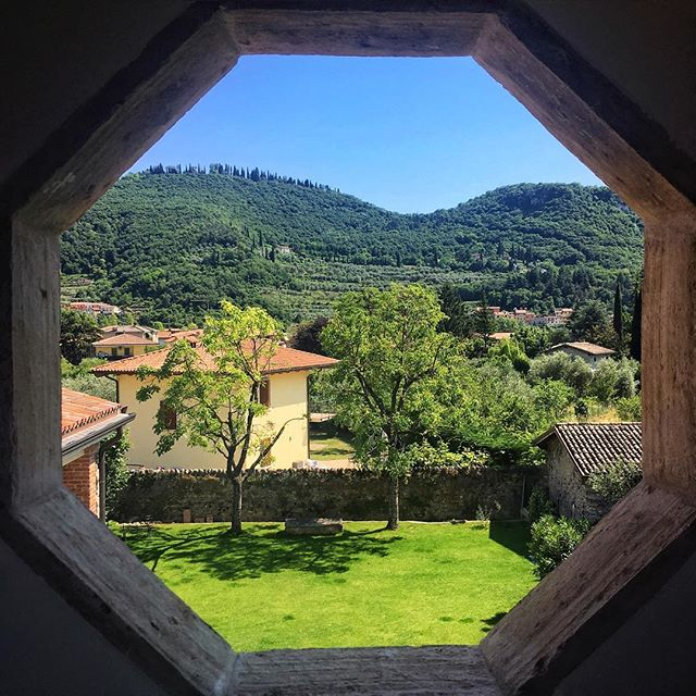 This is just a normal bedroom window view in Lake Garda?! Ok London, you need to get your shit together! . . . #Italy #LakeGarda #ThatView #beautiful #luxurytravel #lovelife #vacation #adventures #happy #photooftheday #instagood #instatravel #bestoftheday #travel #koyds #travelbug #blessed #travelpics #tourist #thegoodlife #fun #wanderlust #paradise #IamATraveler #amazingplaces