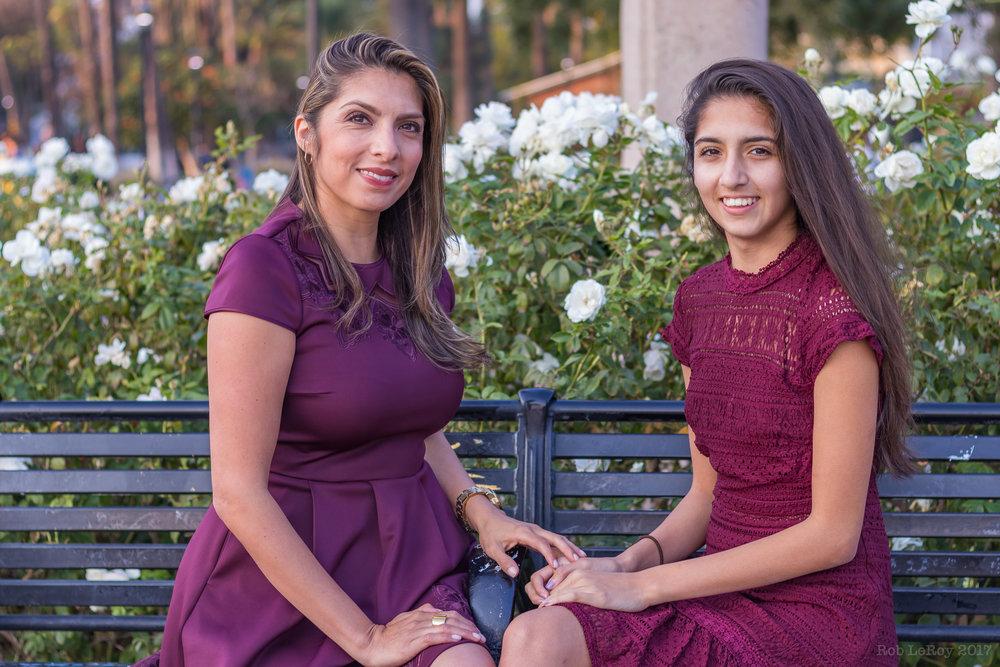Vanessa and Isabella 12.16.17-10.jpg