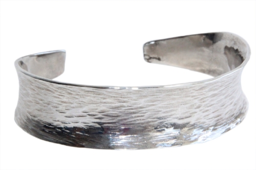 Anticlastic handmade bangle. Silver 925  -  Sold