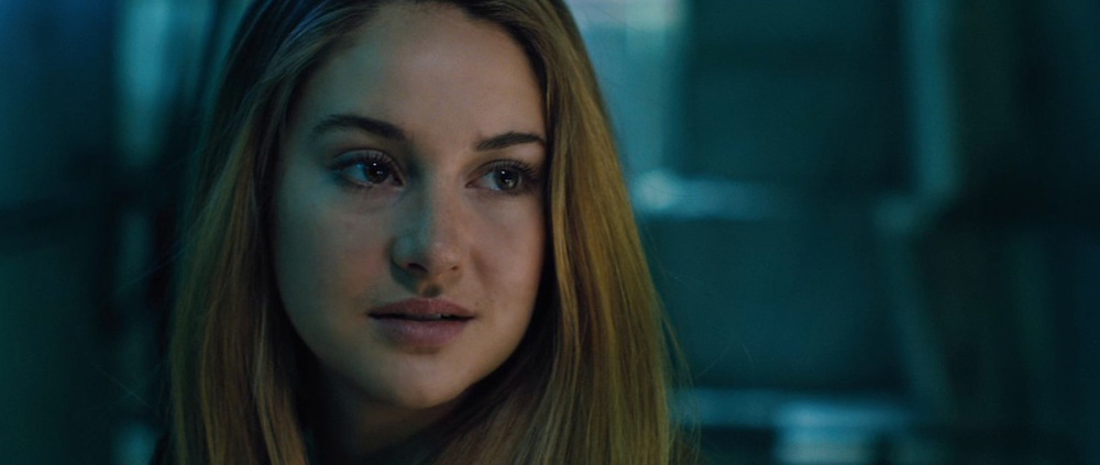 Tris Prior from Divergent. Photo courtesy of http://justkillingti.me
