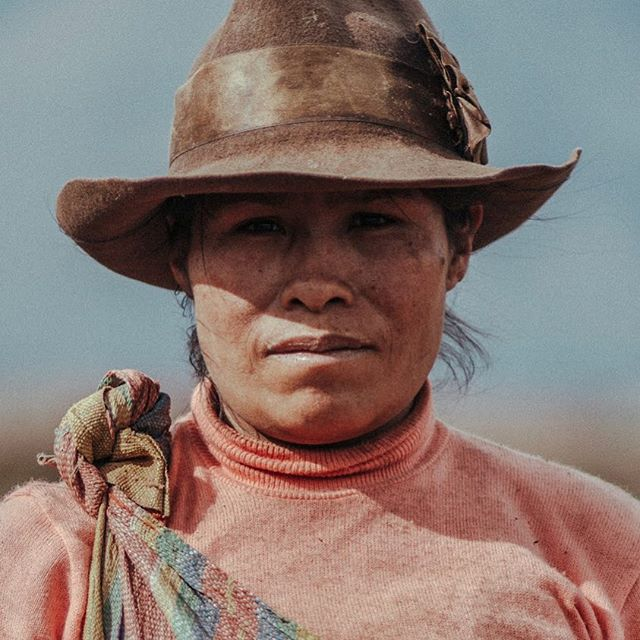 It's an invitation to their world, to take it home with you and remember the experience forever. Taking portraits of the salt workers and farmers in the Andes is still one of the most humbling things I've done with my photography. Always thankful for opportunities like these 🙏🏻