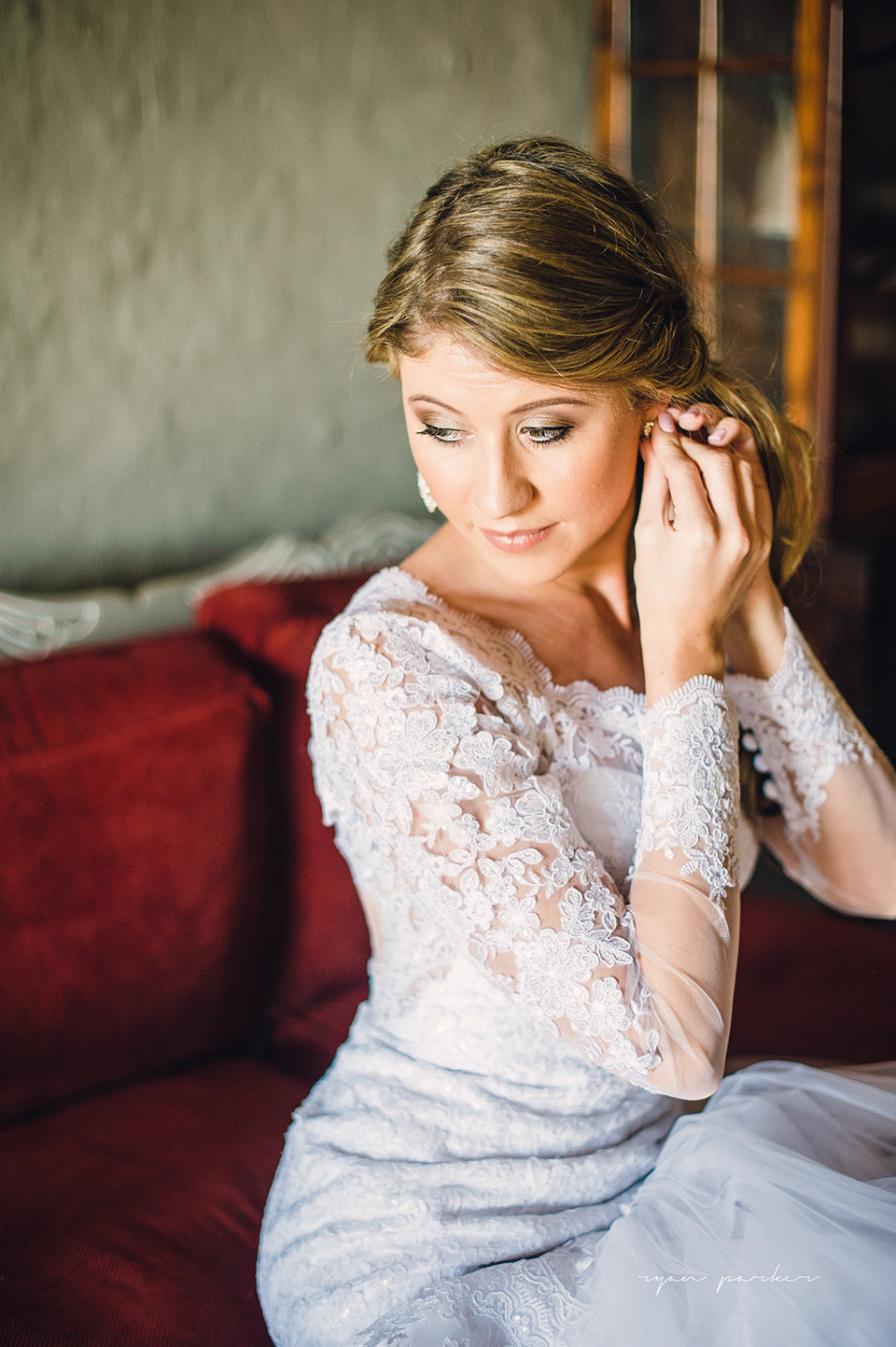 RYAN PARKER_FINE ART WEDDING PHOTOGRAPHER_WEDDING_FLORENCE GUEST FARM_M&S-7698.jpg