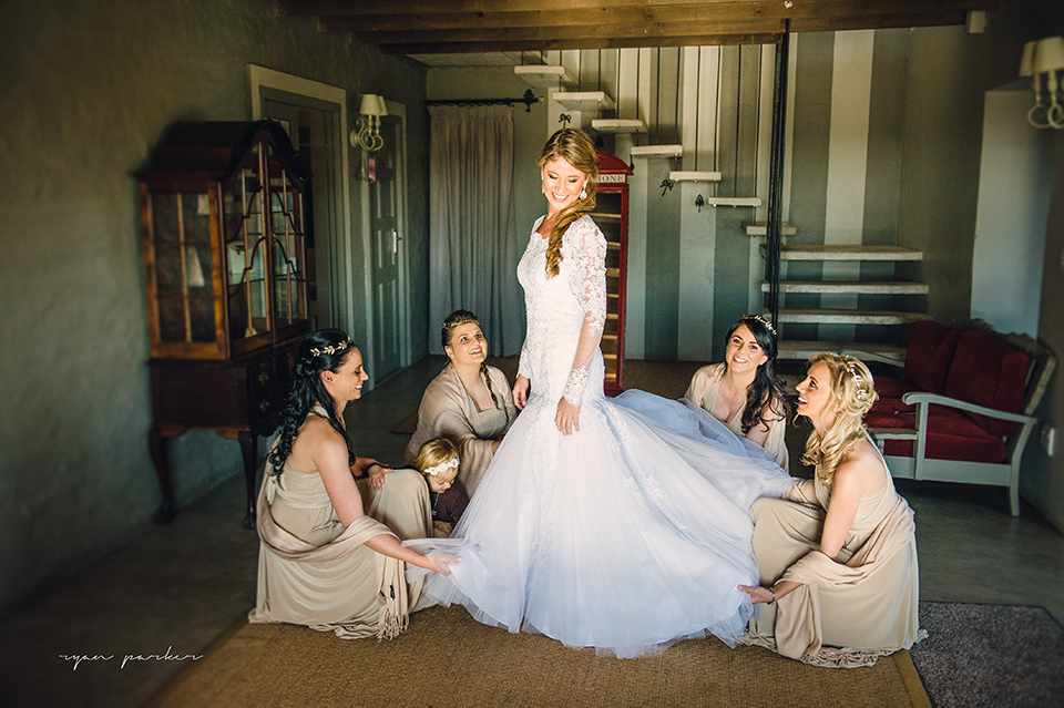RYAN PARKER_FINE ART WEDDING PHOTOGRAPHER_WEDDING_FLORENCE GUEST FARM_M&S-7731.jpg