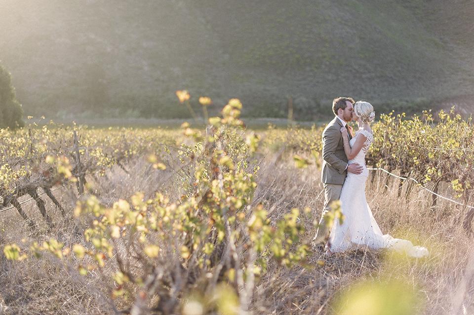 RyanParker_WeddingPhotographer_FineArt_CapeTown_Robertson_PatBusch_Hermanus_M&S_DSC_3434.jpg