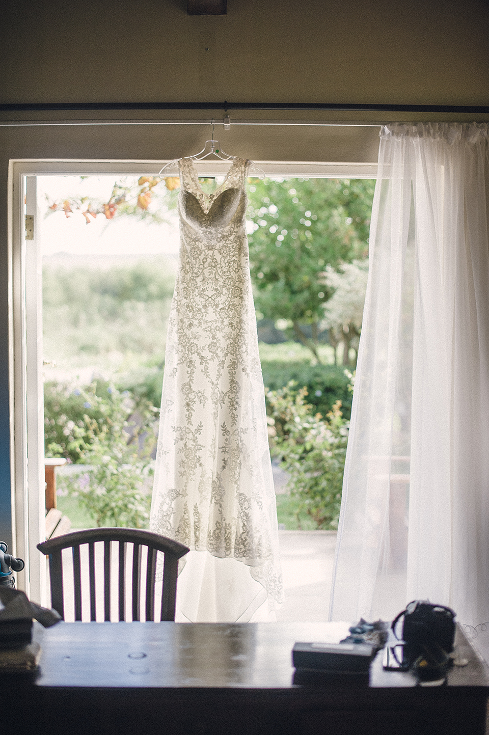RyanParker_WeddingPhotographer_FineArt_CapeTown_Robertson_PatBusch_Hermanus_M&S_DSC_2867.jpg