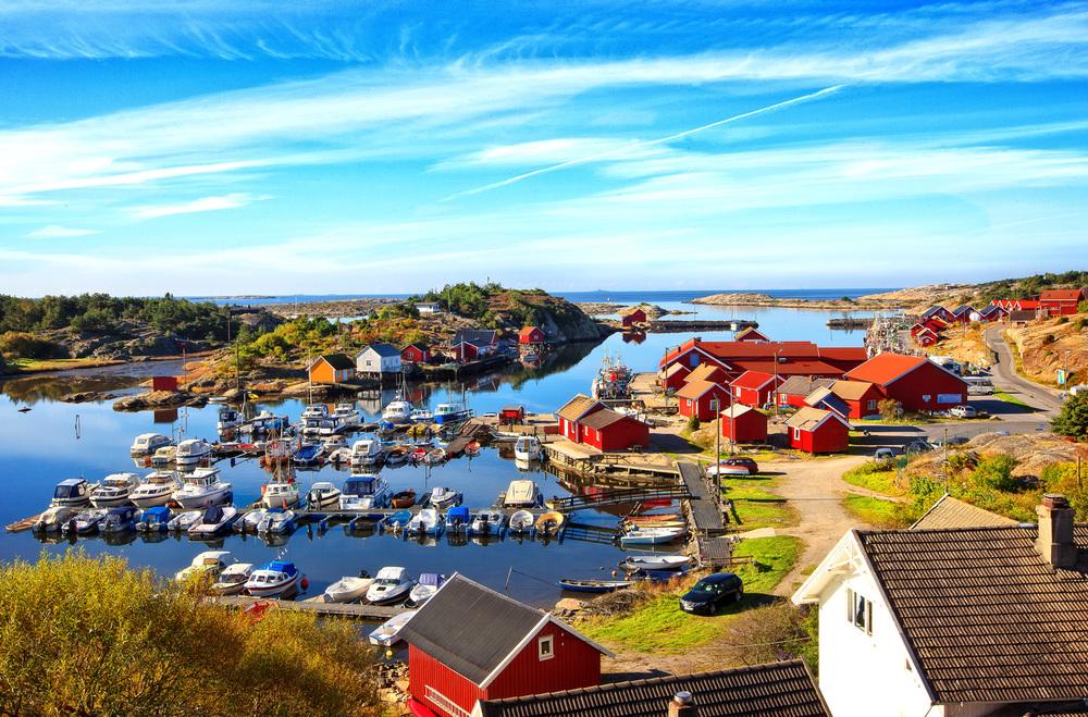 Utgårdskilen på Vesterøy har det største fiskemottaket i Norge øst for Lista.  Foto © Copyrighted: Eirik Dahl -  Dahl Media .