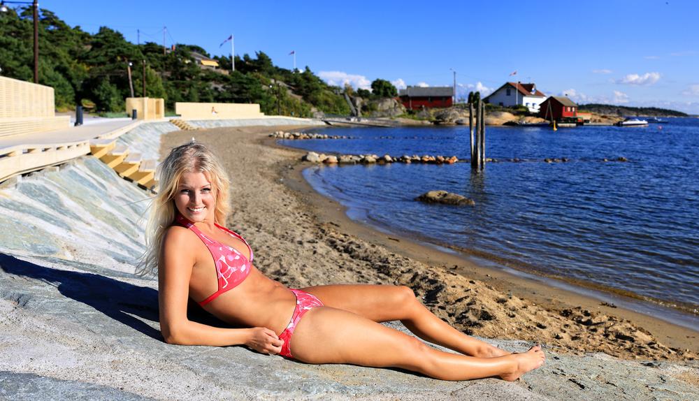 Hvaler kommune knallet til med å lage et flott badestrandanlegg midt i Skjærhalden sentrum. Stranden ble åpnet 5. juli i fjor.
