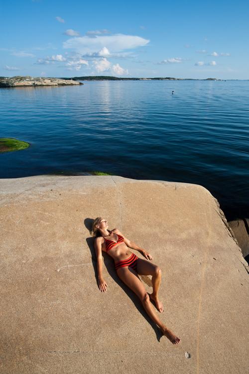 De blankskurte svabergene er som skapt for dem som vil slappe av og nyte sol og sjø.