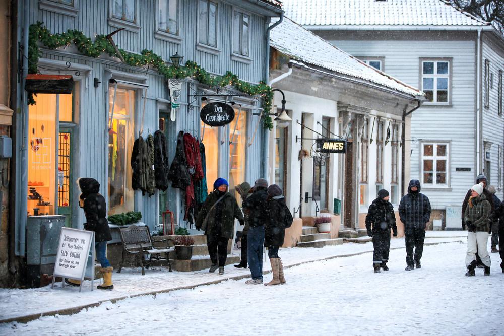 Jul-i-Gamlebyen-Handel.jpg