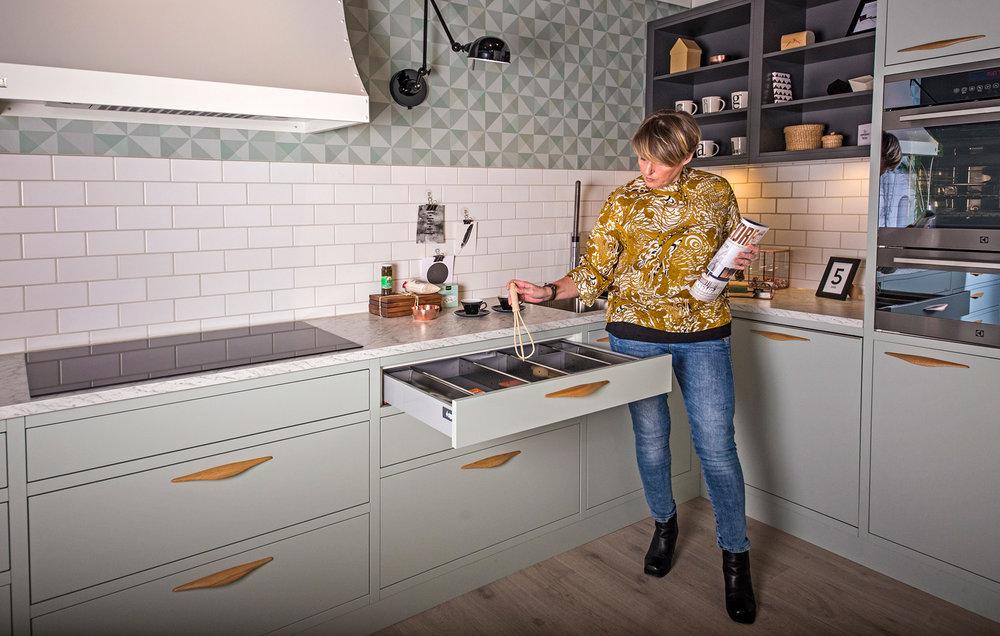 Ekte norsk håndverk .Sigdal er en av ytterst få kjøkkenleverandører som produserer kjøkken i Norge.