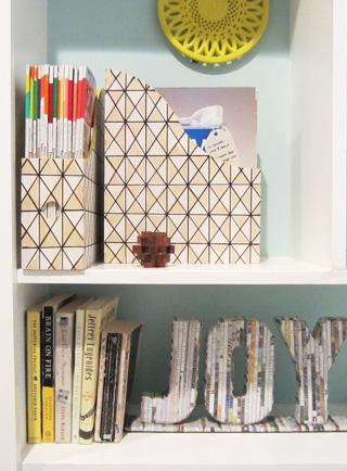 magazine-holders-bookshelves.jpg
