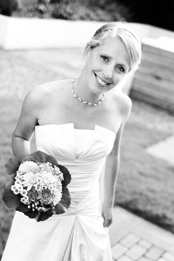 Nadine_Soeren_HochzeitPoolParty_WEB_-3.jpg