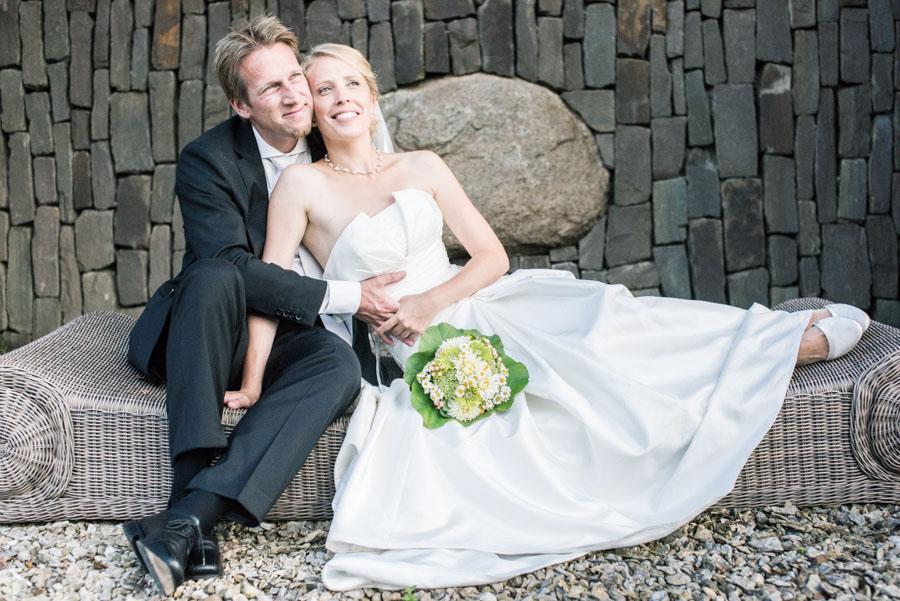 Nadine_Soeren_HochzeitPoolParty_WEB_-5.jpg