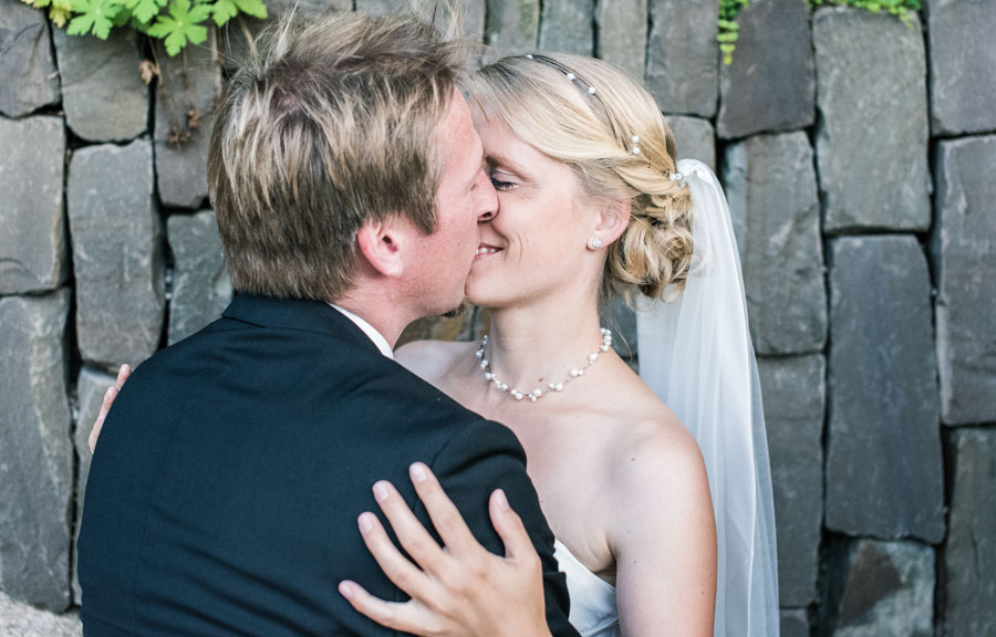 Nadine_Soeren_HochzeitPoolParty_WEB_-11.jpg