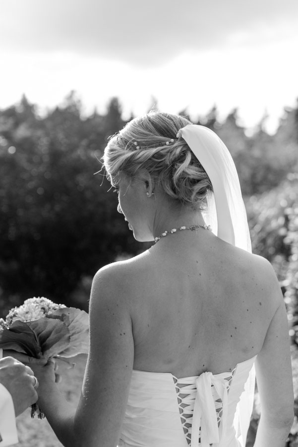 Nadine_Soeren_HochzeitPoolParty_WEB_-13.jpg