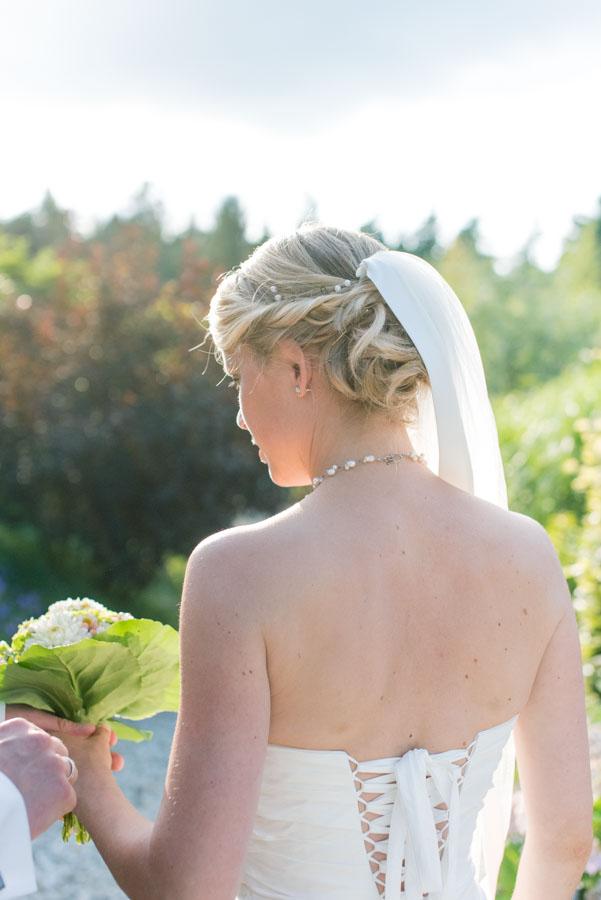 Nadine_Soeren_HochzeitPoolParty_WEB_-12.jpg