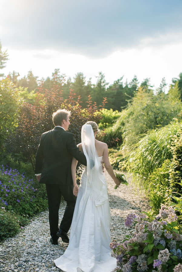 Nadine_Soeren_HochzeitPoolParty_WEB_-14.jpg