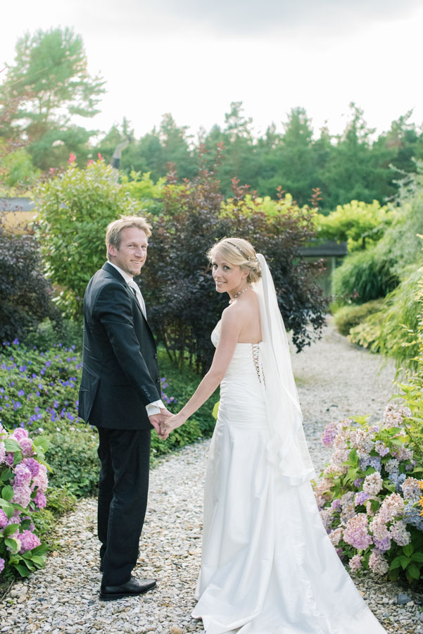 Nadine_Soeren_HochzeitPoolParty_WEB_-16.jpg