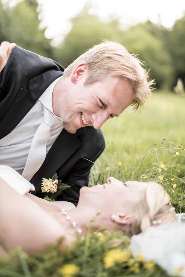 Nadine_Soeren_HochzeitPoolParty_WEB_-21.jpg