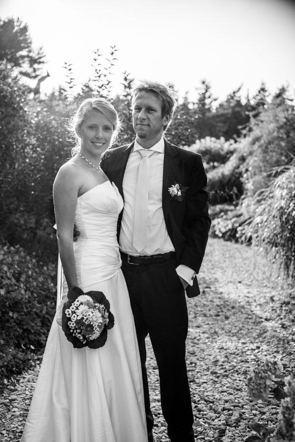 Nadine_Soeren_HochzeitPoolParty_WEB_-27.jpg
