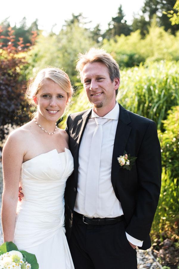 Nadine_Soeren_HochzeitPoolParty_WEB_-28.jpg