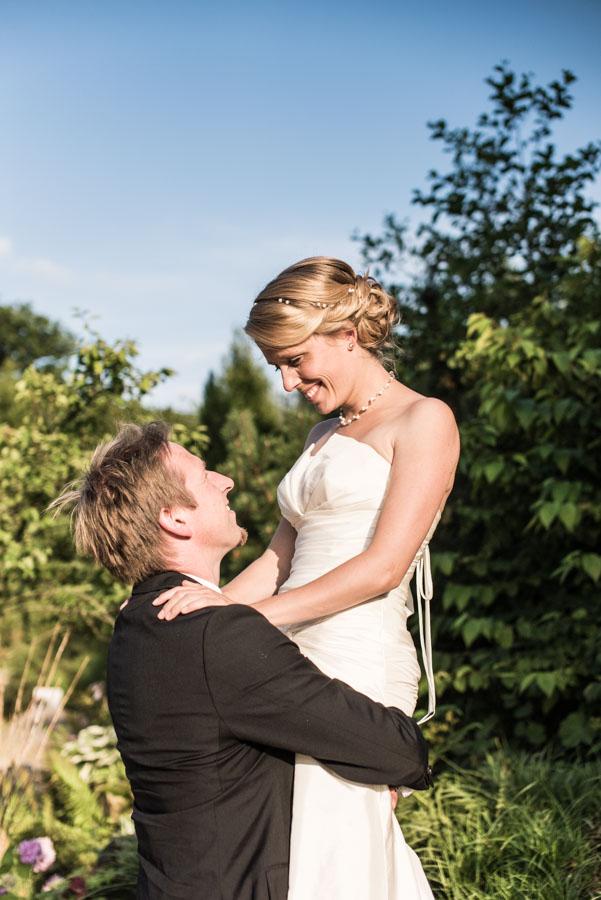 Nadine_Soeren_HochzeitPoolParty_WEB_-32.jpg