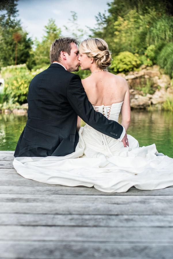 Nadine_Soeren_HochzeitPoolParty_WEB_-41.jpg