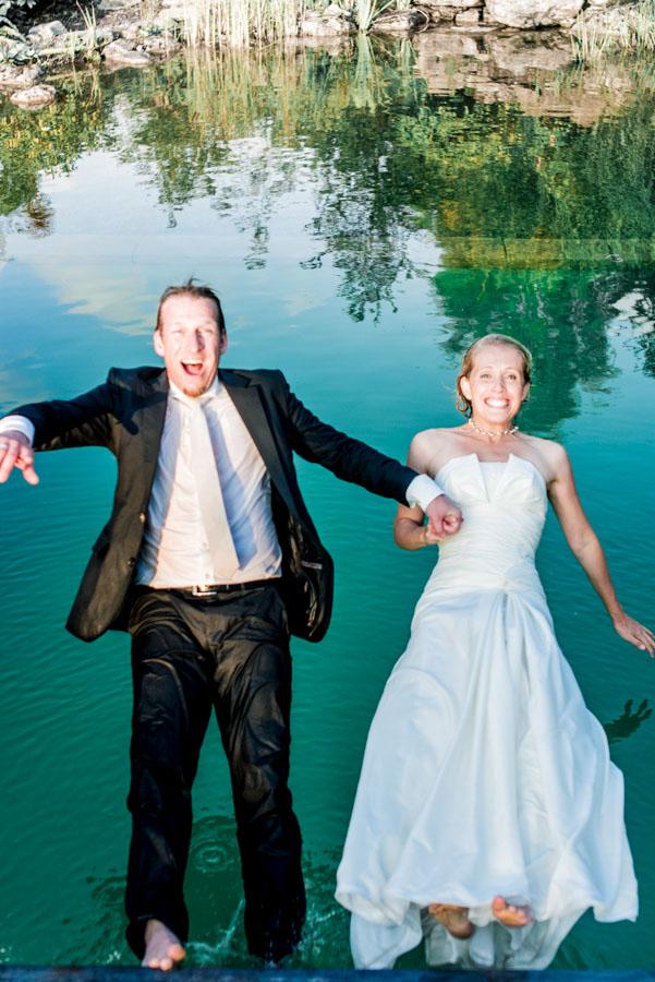 Nadine_Soeren_HochzeitPoolParty_WEB_-49.jpg