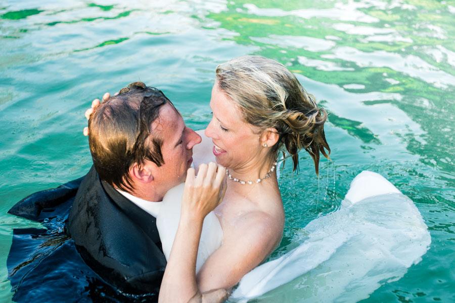 Nadine_Soeren_HochzeitPoolParty_WEB_-52.jpg