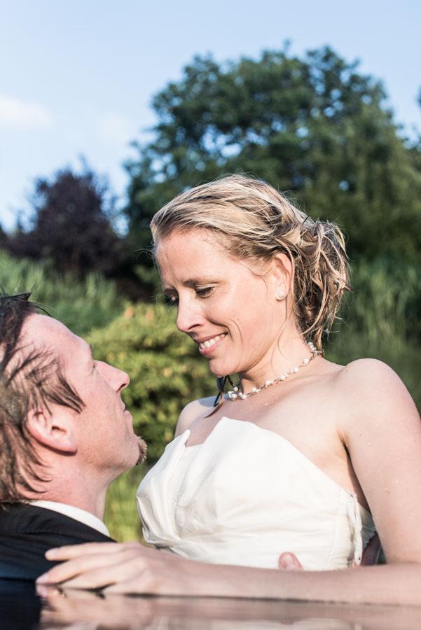 Nadine_Soeren_HochzeitPoolParty_WEB_-56.jpg
