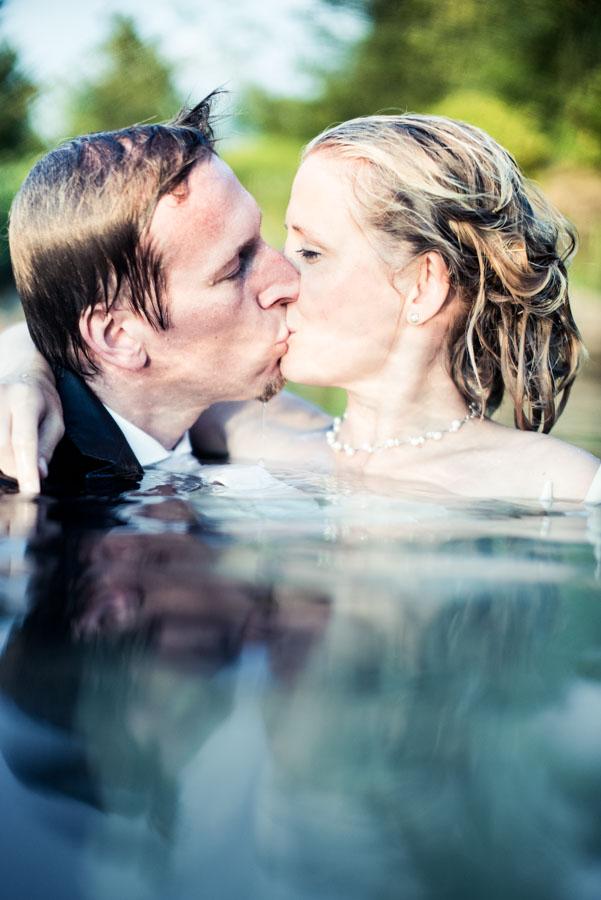 Nadine_Soeren_HochzeitPoolParty_WEB_-62.jpg
